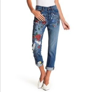 Alice + Olivia amazing painted girlfriend jeans 25